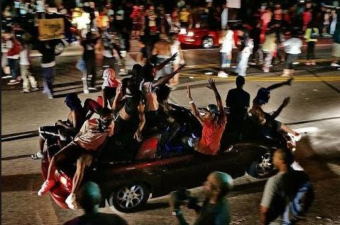 niggers-riot-in-charlotte