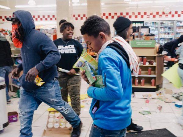 blacks-looting